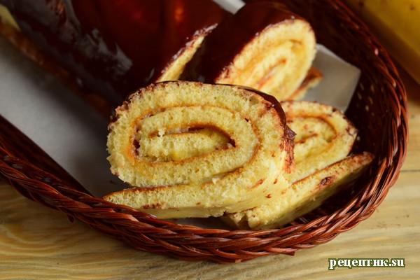 Банановый рулет со сгущенкой - рецепт с фото
