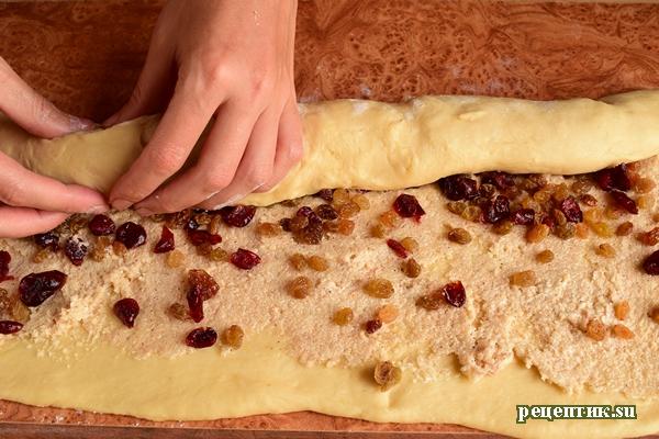 Самые вкусные дрожжевые булочки с изюмом и клюквой - рецепт с фото, шаг 15