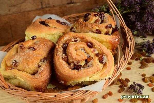 Самые вкусные дрожжевые булочки с изюмом и клюквой - рецепт с фото
