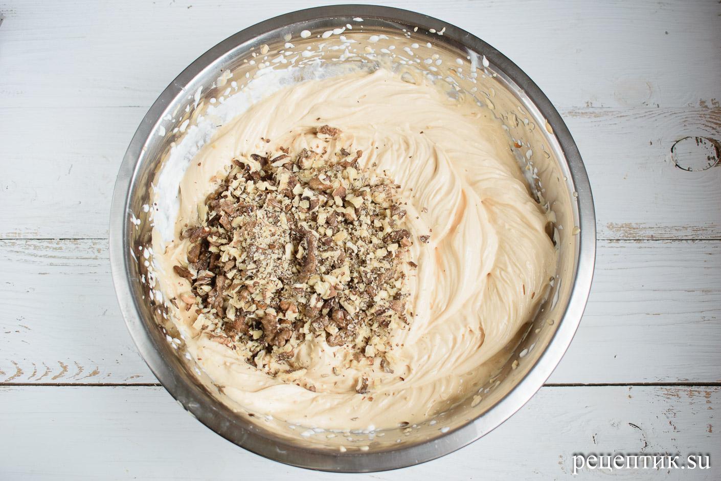 Карамельно-ореховый наполеон со сметанным кремом - рецепт с фото, шаг 21