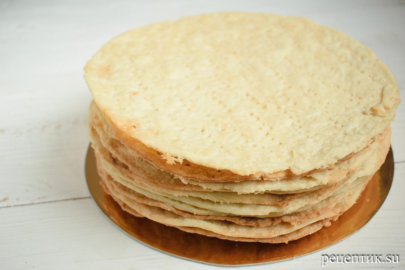 Карамельно-ореховый наполеон со сметанным кремом - рецепт с фото, шаг 14