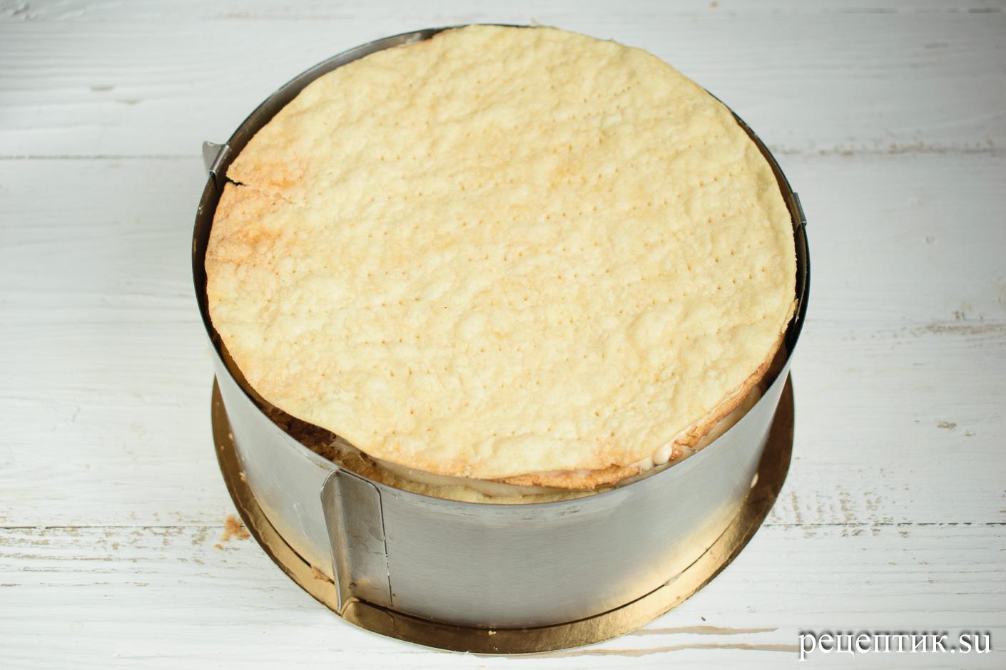 Карамельно-ореховый наполеон со сметанным кремом - рецепт с фото, шаг 24