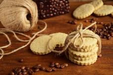 Кофейные коржики из песочного теста