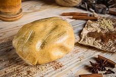 Медовое пряничное тесто