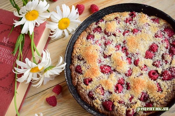 Мраморный пирог с малиной - рецепт с фото