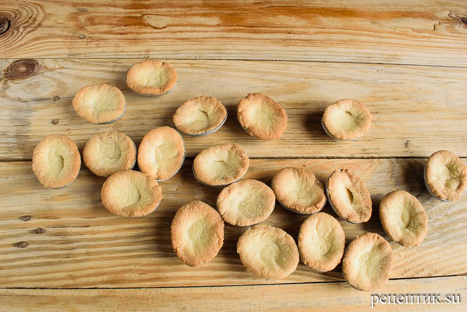 Печенье «Орешки» с вареной сгущенкой в формочках - рецепт с фото, шаг 7