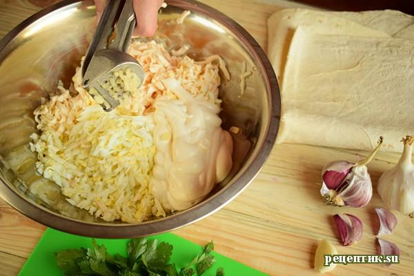 Рулет из лаваша с яйцами и плавленым сырком - рецепт с фото, шаг 3