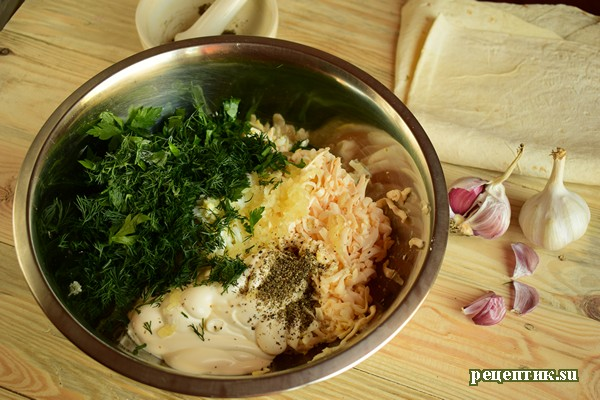 Рулет из лаваша с яйцами и плавленым сырком - рецепт с фото, шаг 5