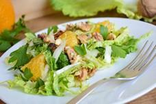Рецепт салата с апельсином и грецкими орехами