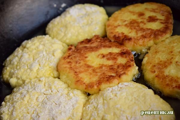 Мягкие сырники на сковороде - рецепт с фото, шаг 5