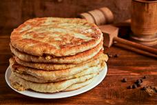 Рецепт тонких пирожков с картошкой из дрожжевого теста