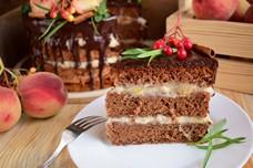 Бисквитный торт с заварным персиковым кремом