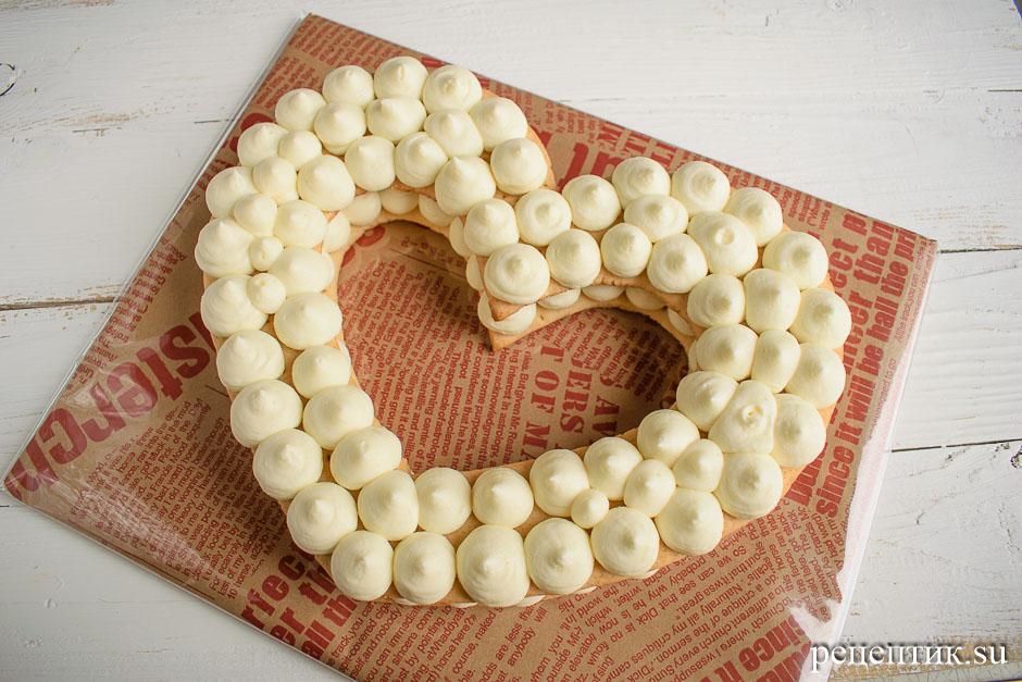 Нежный медовый торт «Сердце» с маскарпоне - рецепт с фото, шаг 13