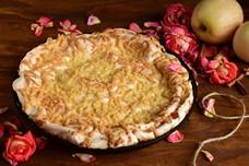 Песочный яблочный пирог с безе