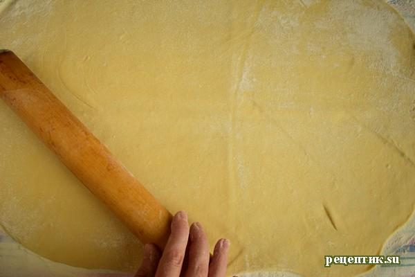 Яблочный штрудель с изюмом и корицей - рецепт с фото, шаг 10